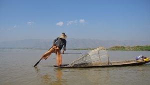 The famous fisherman of Inle Lake- paddling the boat with their foot